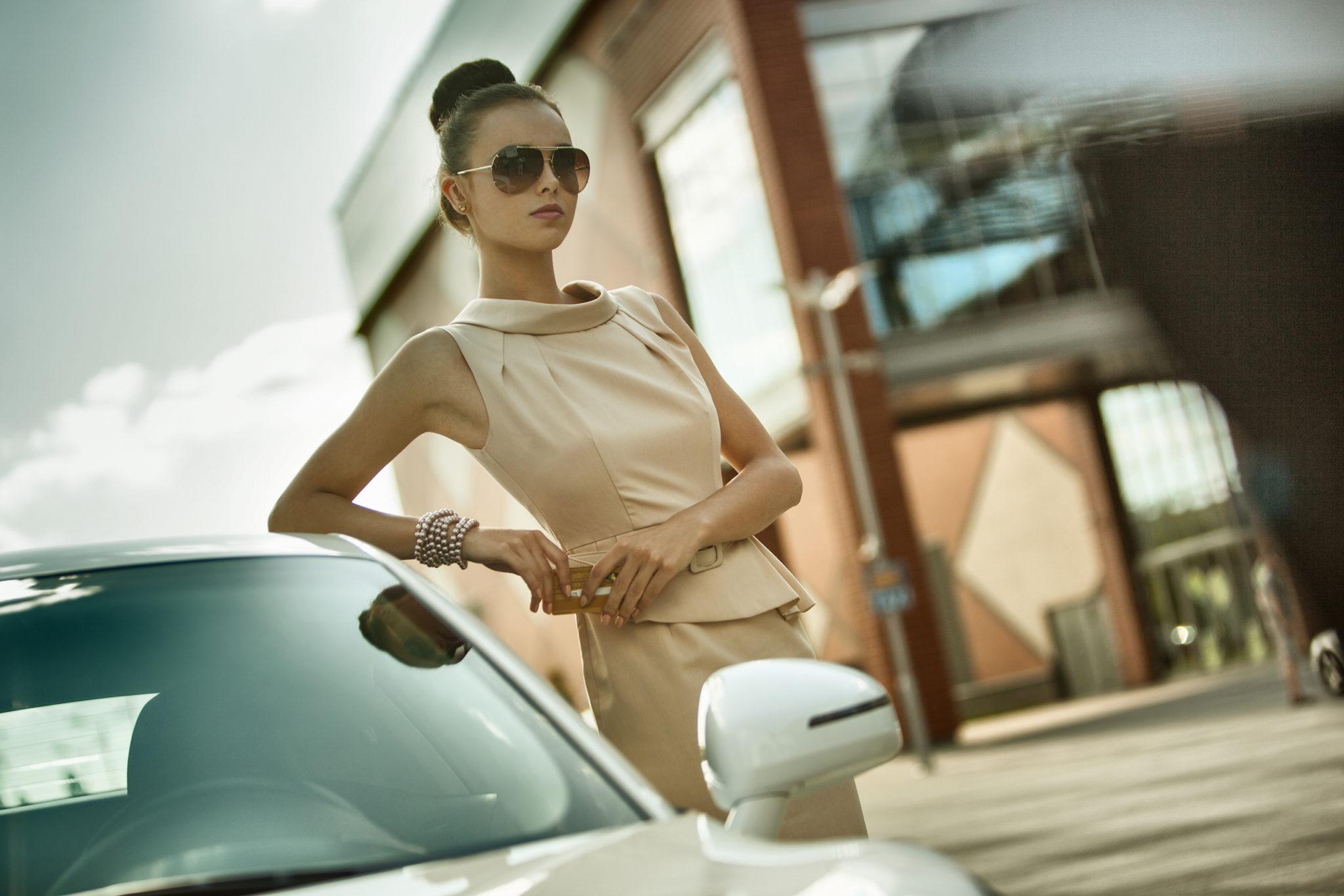 fotografia plenerowa dziewczyna w sukience odzież fashion